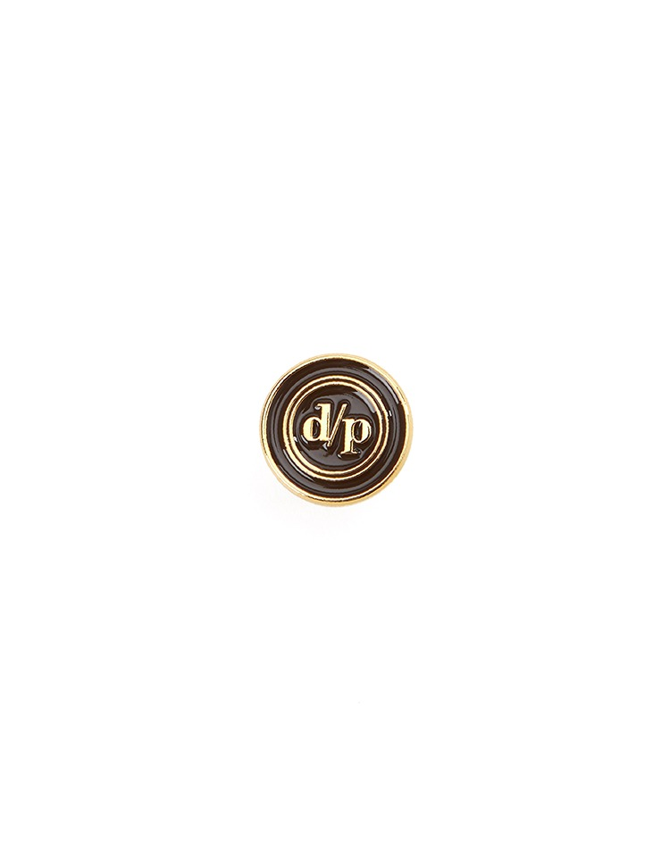 pin badge (brown)